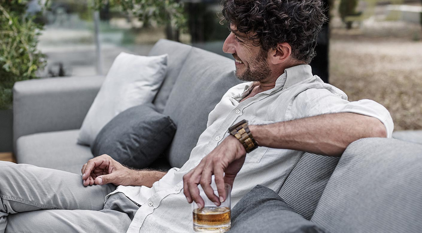Gloster grid collection modern luxury outdoor for Outdoor furniture designers